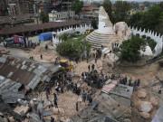 Image: Powerful earthquake hits Nepal